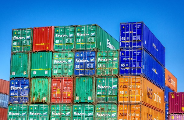 container-2661347_1280